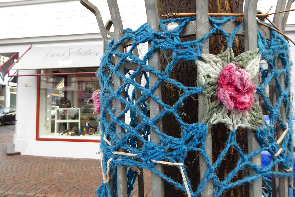 Guerilla Crocheting in Fulda